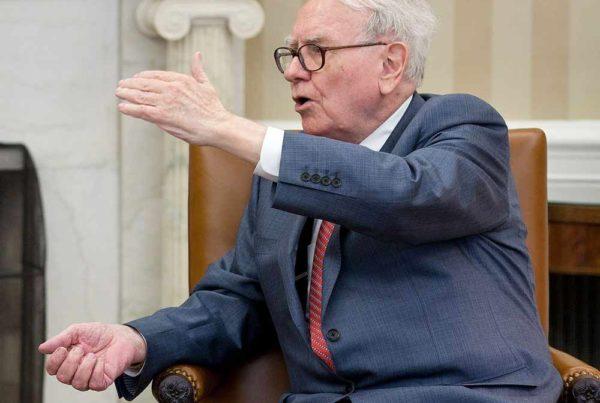 Warren Buffet discussing wealth preservation strategies